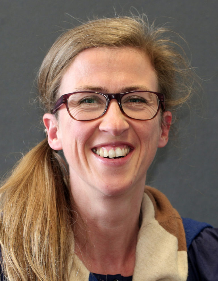 Chorleiterin Christiane Schulte