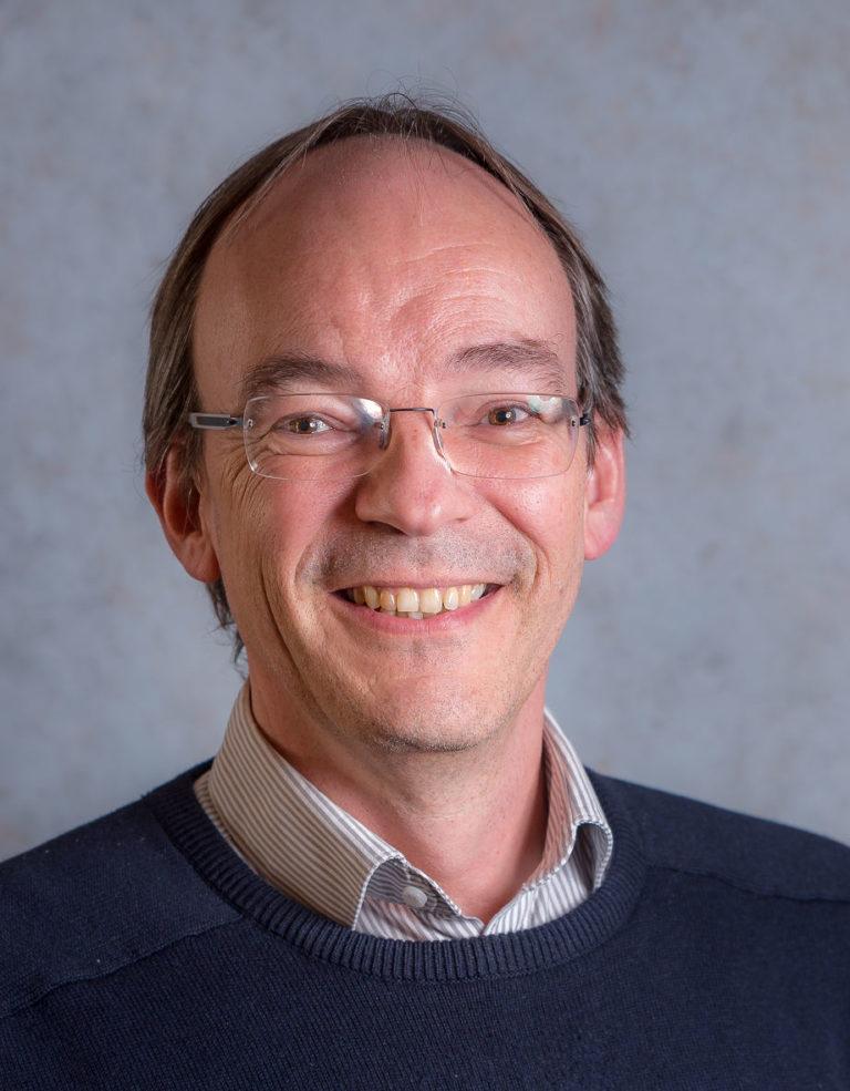 Stefan Karbach